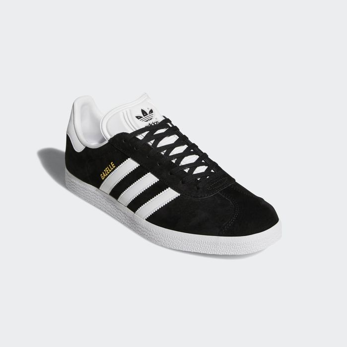 new product c69da 9e1ef Gazelle Shoes | Products in 2019 | Black adidas, Black shoes ...