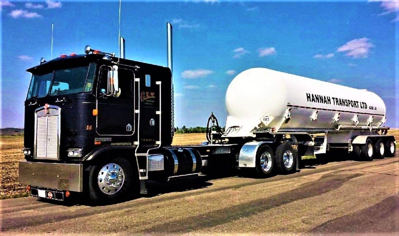 Pin on Working Semi trucks (with trailers)