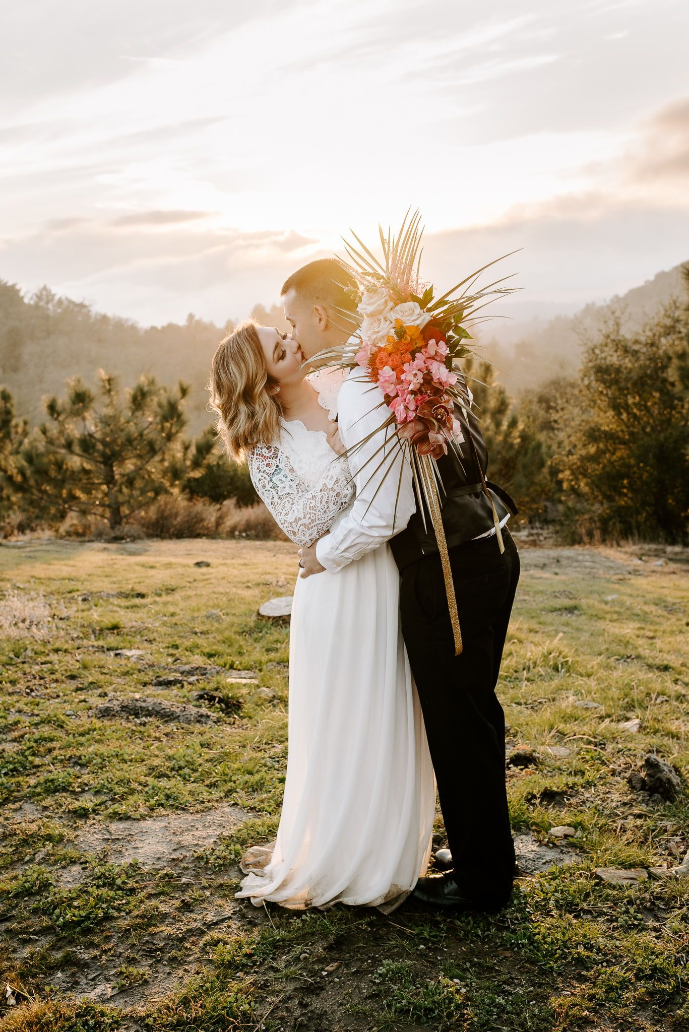 How much does it cost to elope courtney lynn in 2020