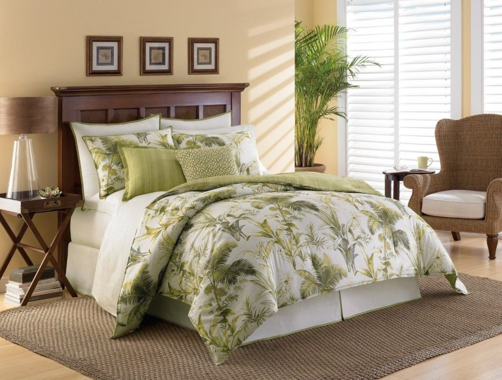 Wonderful Tropical Nuance Bedroom With Green White Cover Bedding And Pillows Complete Small Round Free Standi With Images Bedroom Interior Tropical Bedrooms Comforter Sets