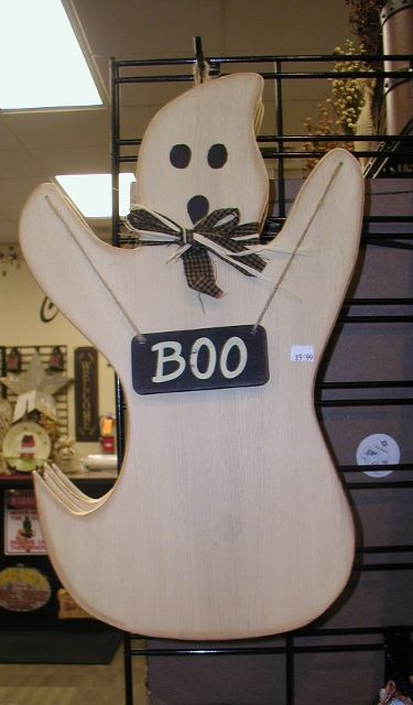 Ghost for yard or door. Personalized FREE