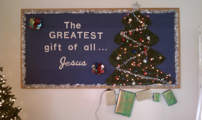 Christmas bulletin board idea for church.