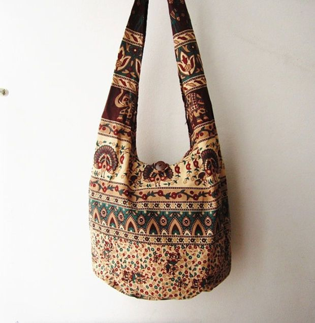 66c0cbfbcc681 hippie sling bag