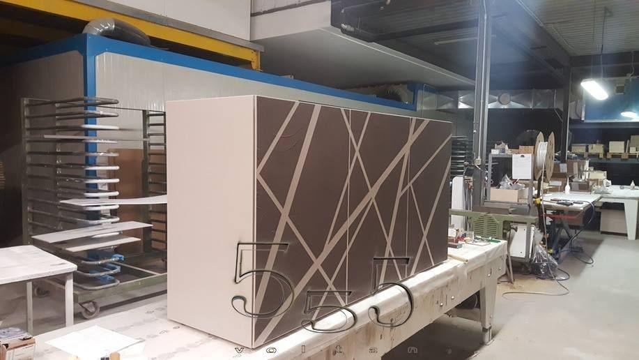 Credenza Moderna Cemento : Credenza moderna ante cassetti finitura cemento e ardesia
