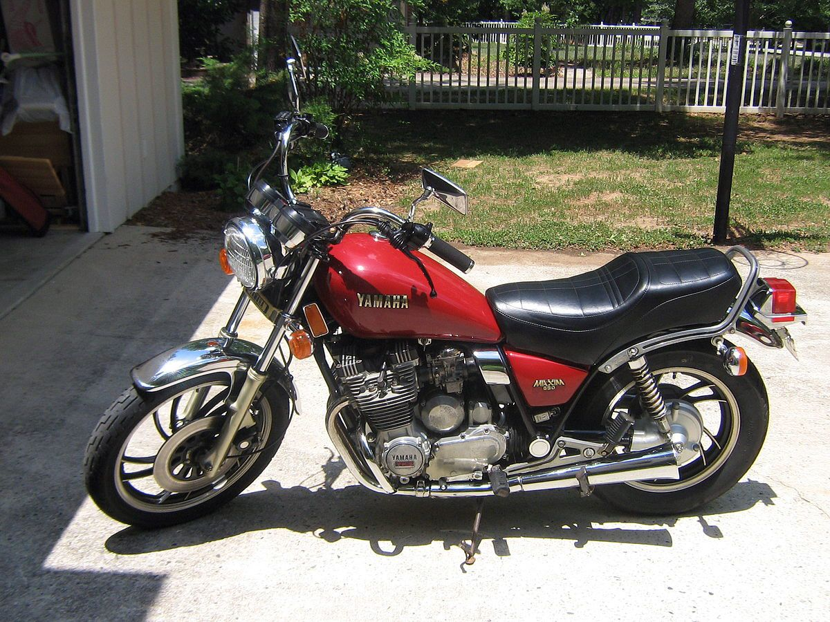 My 1985 Yamaha XJ 700 maxim   Bobber motorcycle, Hello