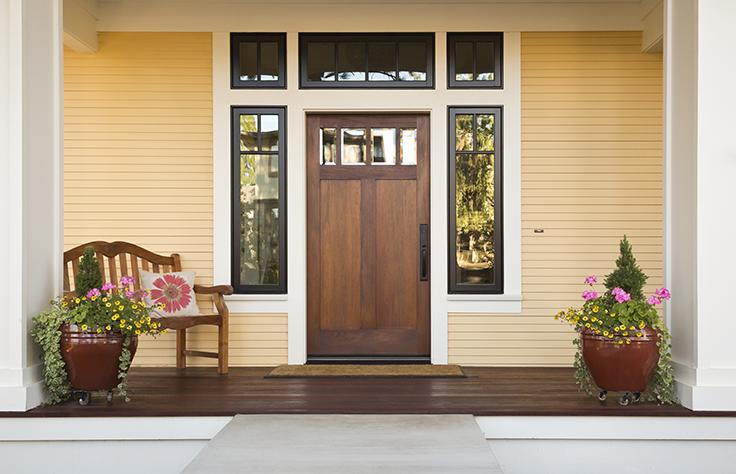 Las puertas de seguridad son la mejor manera de proteger tu casa durante tus vacaciones. Conócelas y que nada te preocupe en tu merecido descanso. #SodimacHomecenter