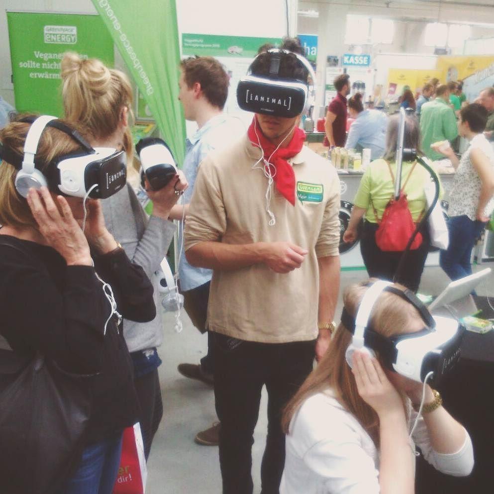 Wir waren gestern und heute mit iAnimal auf der VeggieWorld in München! Wer von euch war auch da?  #VeggieWorldMünchen #VirtualReality #iAnimal by animalequality_de - Shop VR at VirtualRealityDen.com