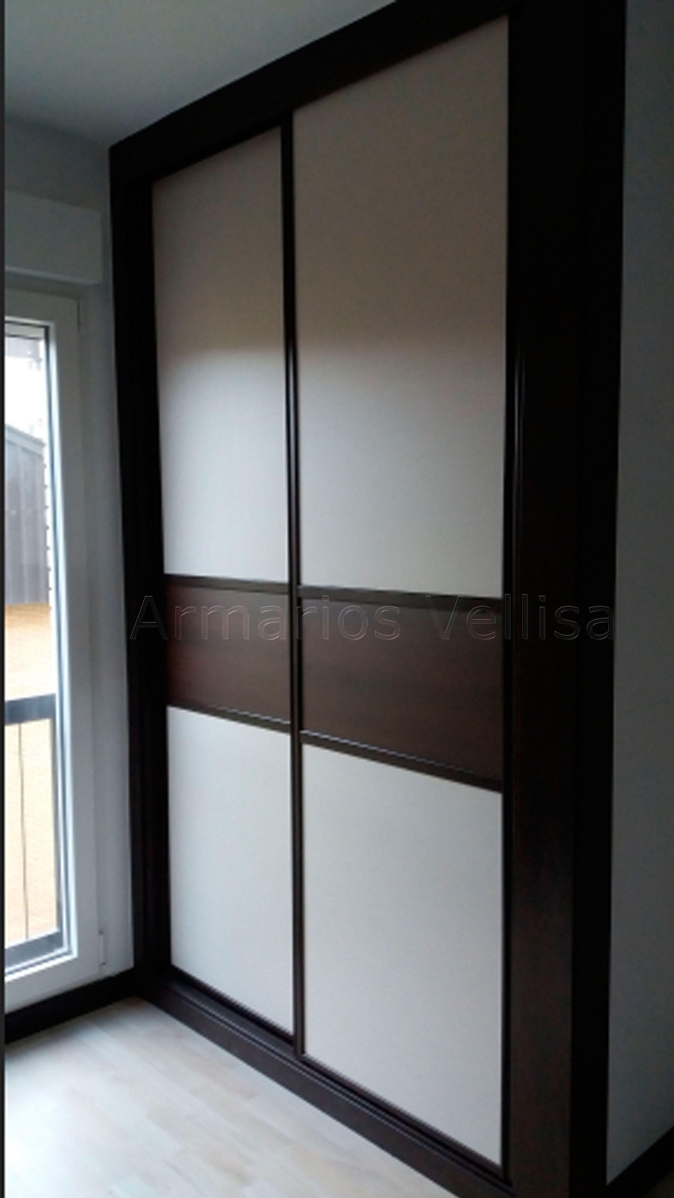 Armario empotrado medidas 245 x 152 x 70 sobresaliendo for Armario puertas correderas wengue