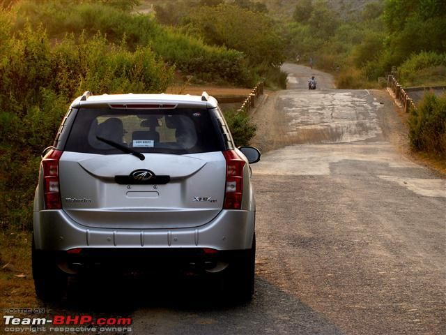 Mahindra Xuv500 W6 Dual Sport Motorcycle Studio Background Images Blue Background Images