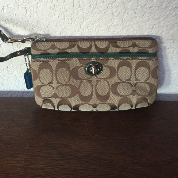 Coach Wristlet (Authentic) Cute Coach Wristlet with hunter green. Good condition. Coach Bags Clutches & Wristlets