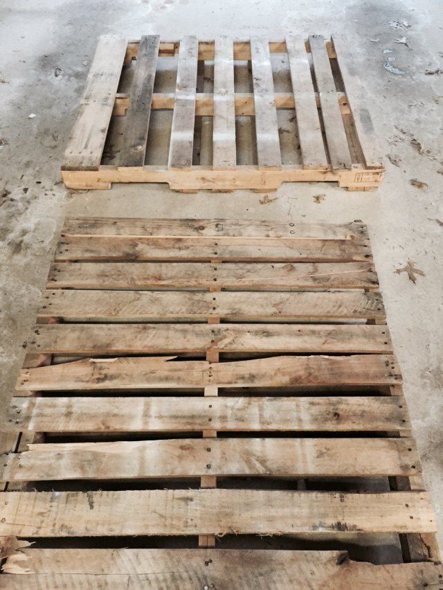 Pallet Sliding Barn Door | Diy barn door, Interior sliding ...