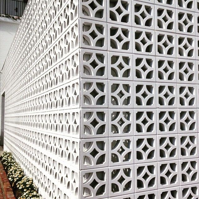 Sweet breeze block wall northern nsw halcyon house photo by jane treadway bonkers for - Decorative concrete wall blocks ...