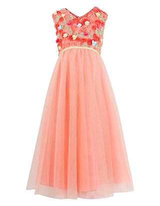 Bridesmaid dresses - note the hint of ivory and  green in the dress and range of shades of peach, coral almost to orange.