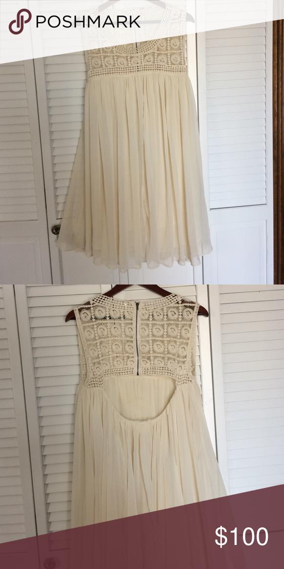 FREE PEOPLE crochet flowy dress back cutout No defects. Free People Dresses
