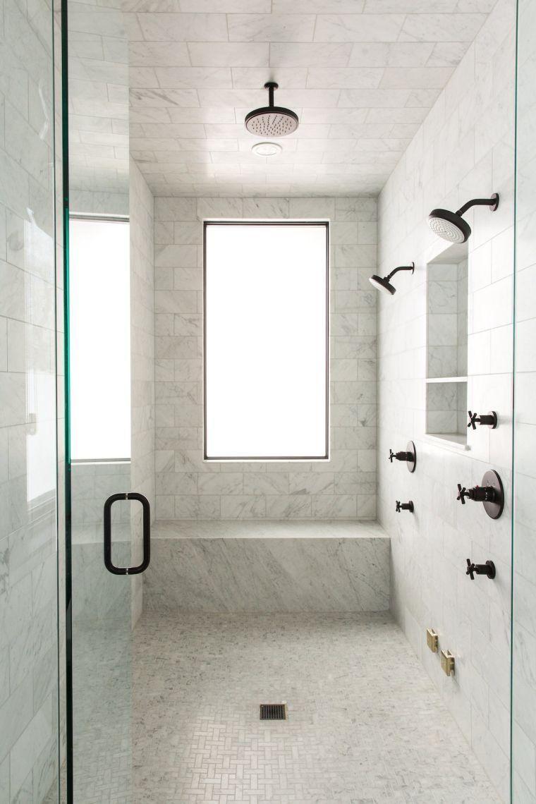 Badezimmer Schwarzer Hahn Und Dunkle Farbzubehor Fur Das Badezimmer Schwarzer Hahn Und Dunkle Farbzub Marmor Duschen Moderne Dusche Badezimmer Renovieren