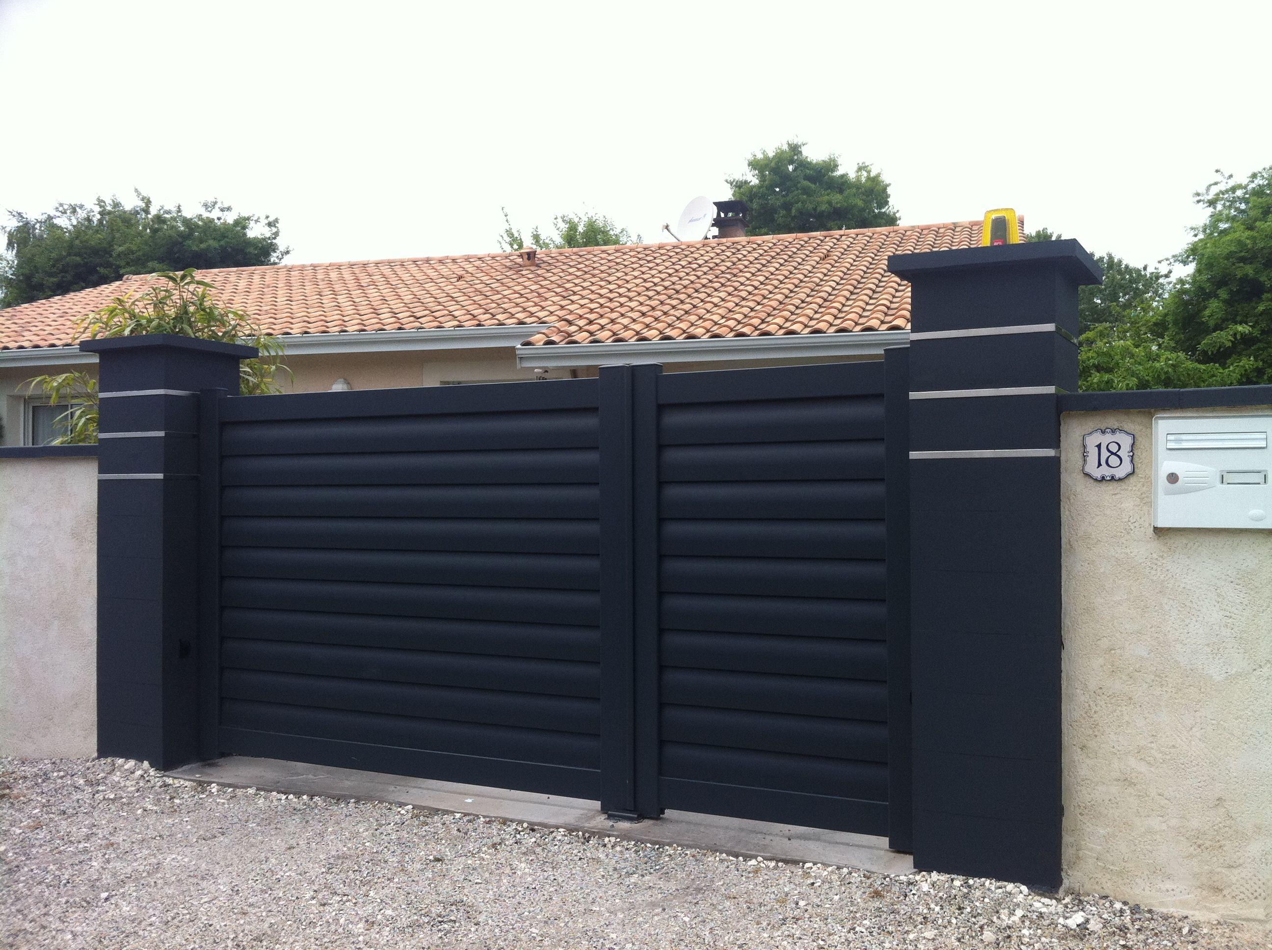 Portail aluminium plein mod le optimist option deux vantaux in gaux 1 3 am nagmts - Portail maison moderne ...
