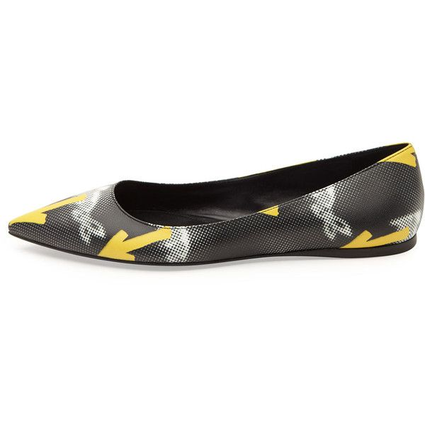 Prada Graphic-Arrow Printed Ballerina Flat (2,560 CNY) ❤ liked on Polyvore featuring shoes, flats, leather ballet flats, black flat shoes, black leather shoes, ballet flats and black ballet flats