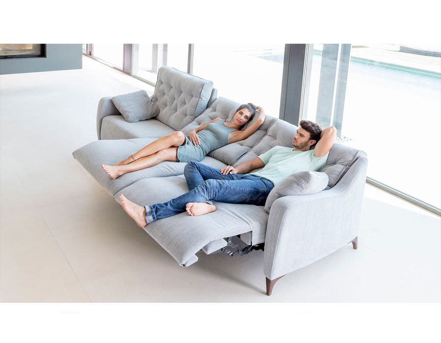Pin On Fm 1660 Modern Fama Avalon Grey Sofa Recliner Florida