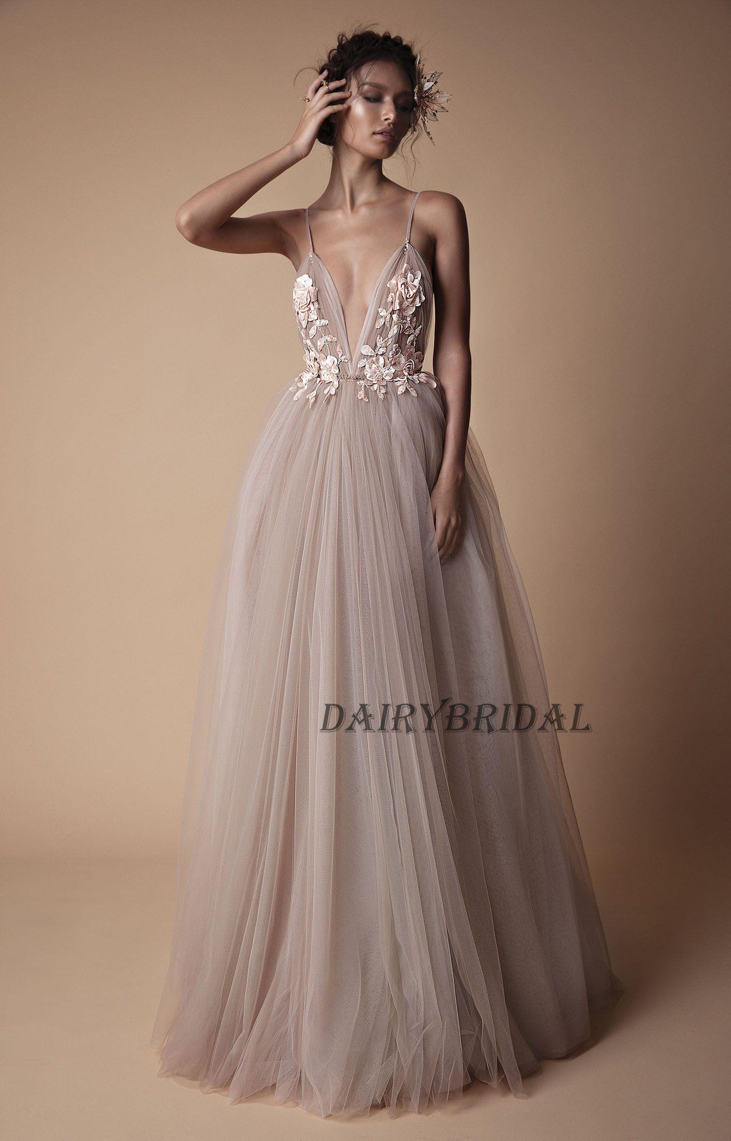 95a444702a03998 Вечерние Наряды · Торжественная Вечеринка · Свадебное Платье · Советы О  Моде · Spaghetti Straps Prom Dress, Deep V-Neck Prom Dress, Tulle Prom  Dress,