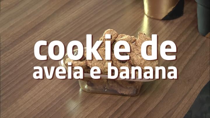 Lanche saudável: aprenda a fazer um cookie de aveia com banana