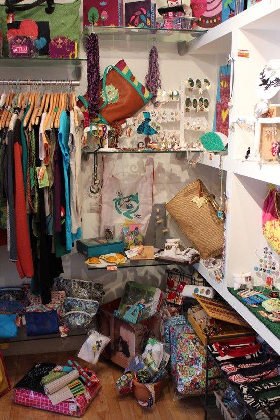 b863bd7abff Nuestra segunda sede! En el Centro Comercial Vizcaya en Caracas ...