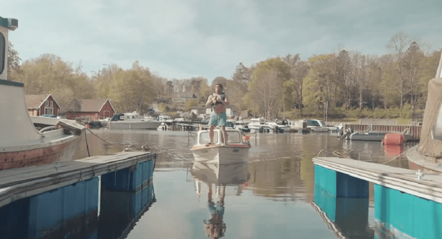 Observe the Art of Docking Your Boat Like a Boss [VIDEO