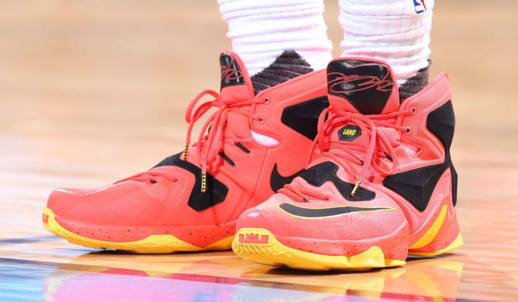 low cost 286f8 9d93f LeBron James RedBlack-Yellow Nike LeBron 13 PE