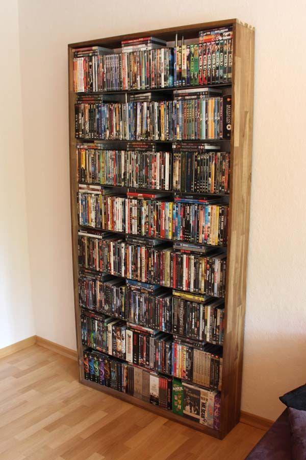 dvd regal f r ber 500 dvds es besteht aus einem holzrahmen und metallstangen m bel. Black Bedroom Furniture Sets. Home Design Ideas