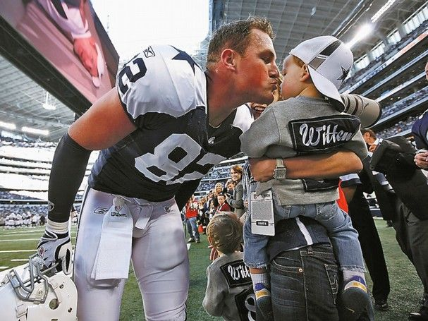absolutely love this picture jason kissing his son cooper