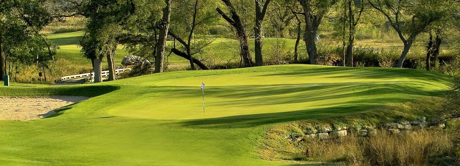 18++ Champions golf club texas viral
