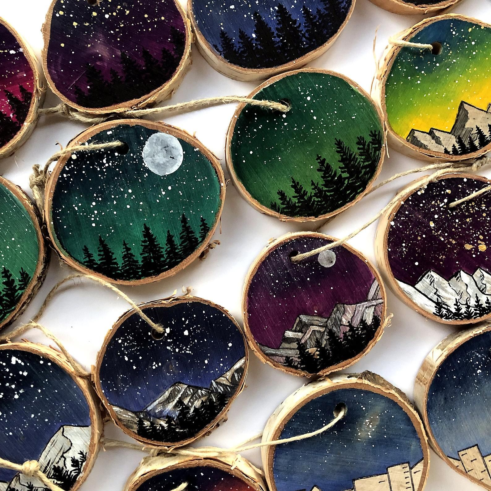 Nature Ornaments Wood Slice Ornament Christmas Ornaments Etsy In 2020 Wood Slice Ornament Wood Slices Wood Christmas Ornaments