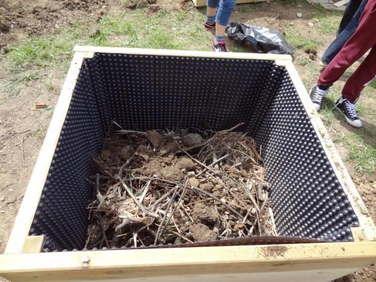 Hochbeet Fur Balkon Selber Bauen Und Bepflanzen 20 Tipps Hochbeet Balkon Selber Bauen Hochbeet Balkon