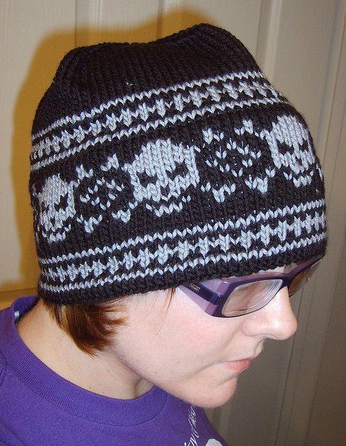 Ravelry: Skull Hat pattern by Gina Davidson | Knitting is Cool ...