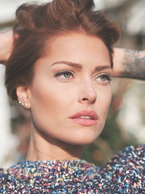 Trendy Hair Style : Caroline Receveur Hair & beauty (avec
