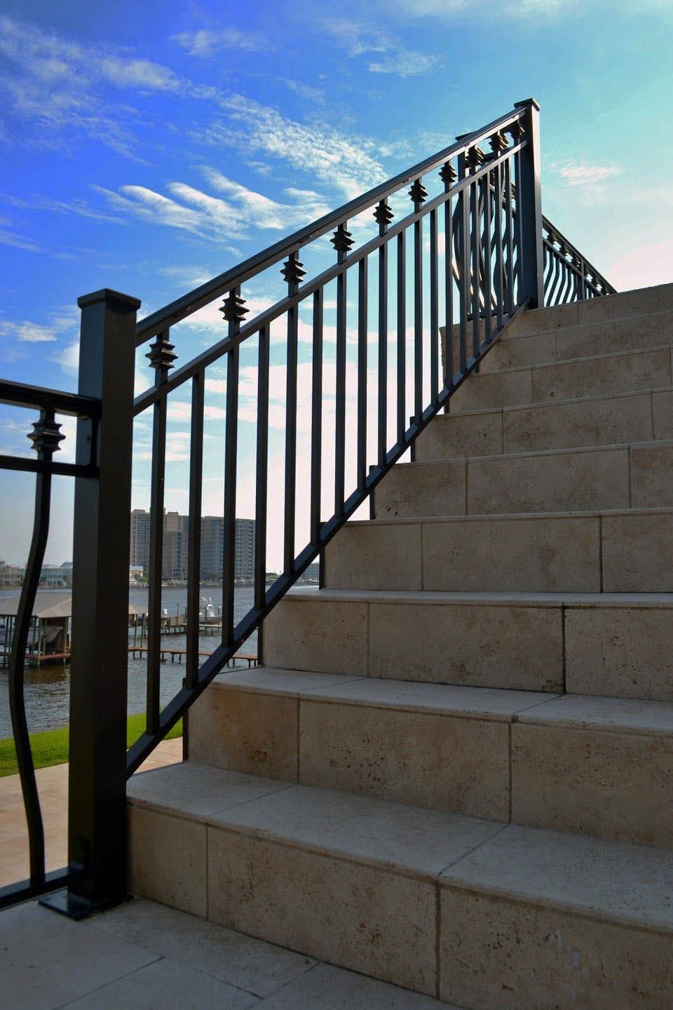 DIY Deck Railing Tips & Layouts That Ensure to Inspire You ...