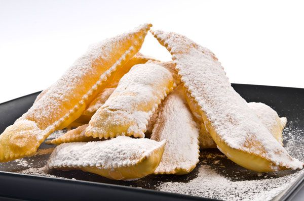 Chiacchiere (Mardi Gras Fritters)