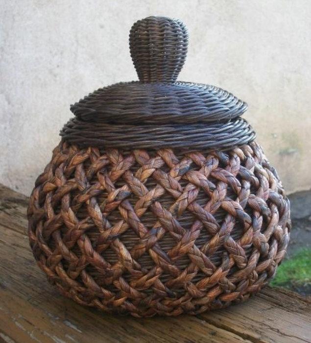 Sensitividad cesteria periodico cesteria pinterest cestas de papel periodico sobres de - Cestas de papel periodico ...