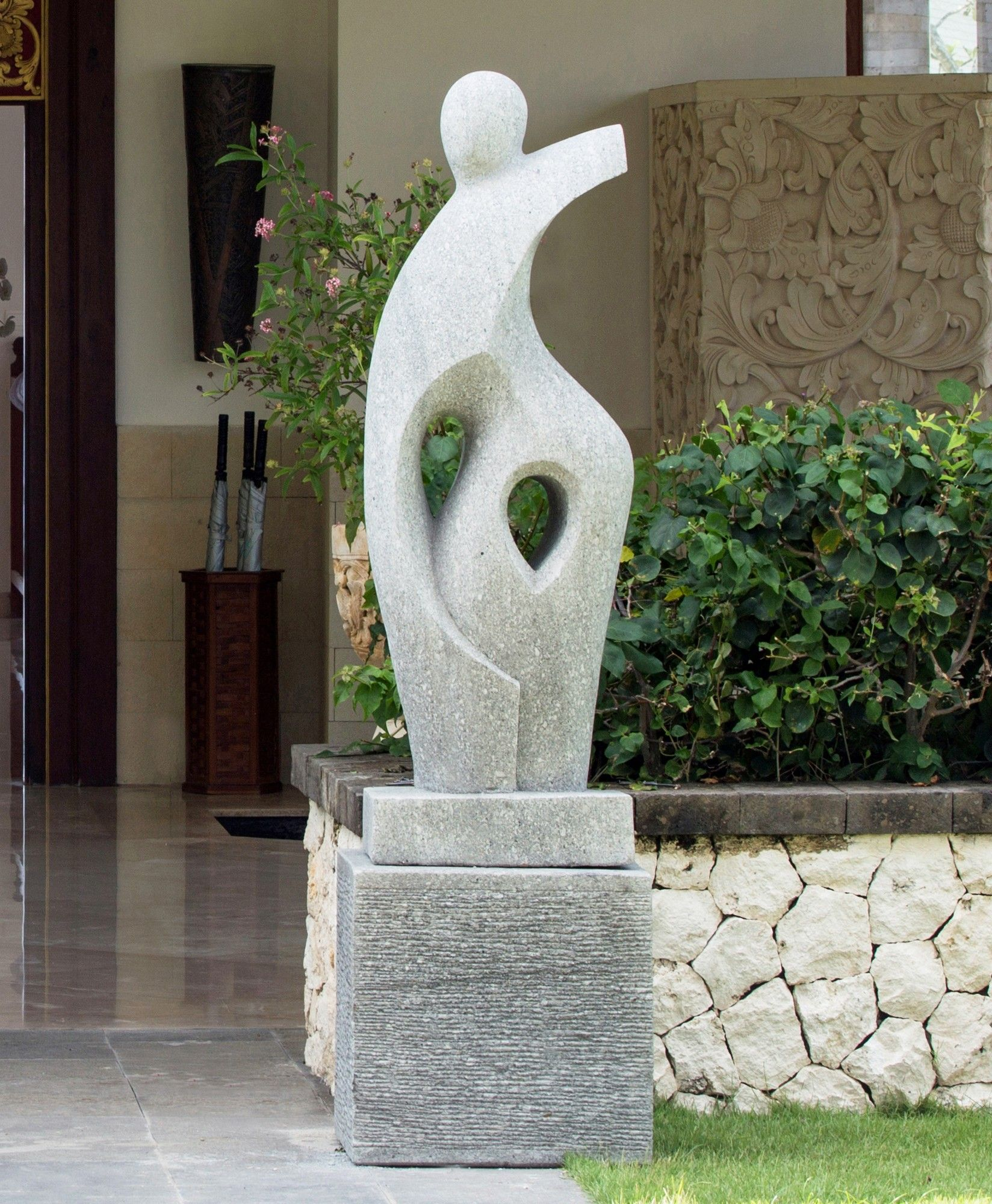 majestic contemporary backyard ideas. Large Garden Sculptures  Majestic Modern Art Stone Statue
