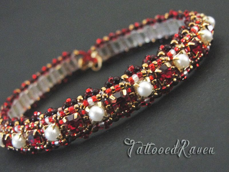 Ruby Red and Pearl cup chain bracelet. 4mm cup chaing, sizes 11s and 15s seed beads with a tila backing.