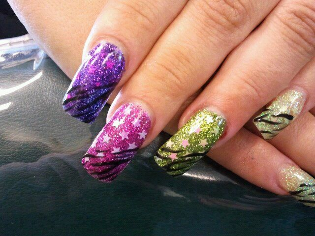 Sparkle stars Nail art by Cassidy (when a teenager) | CASSIDY\'S NAIL ...