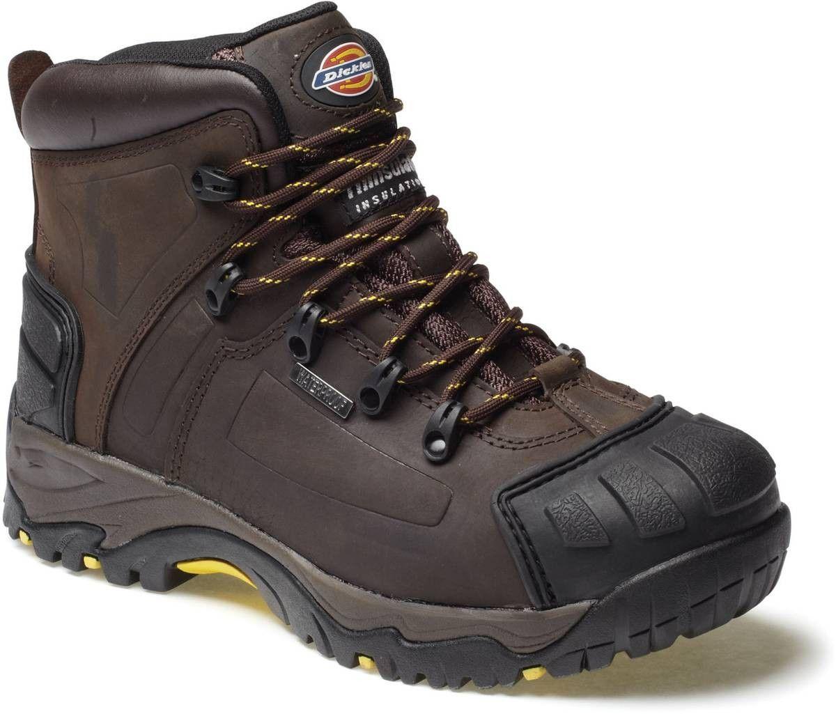 design intemporel e0548 32fe9 Pour travailler en extérieur les pieds bien protégés, faites ...