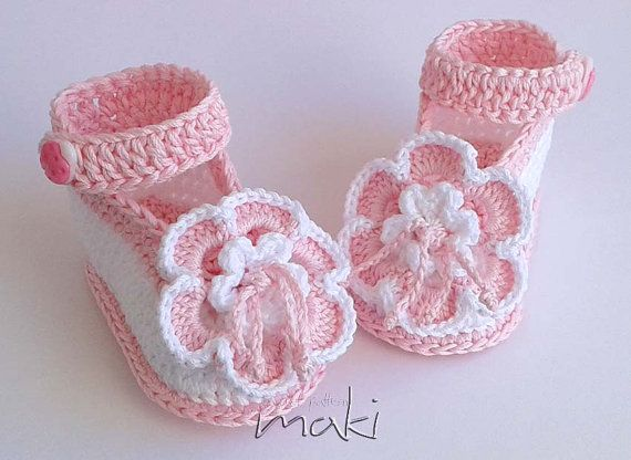 Crochet pattern baby booties Ladybug ankle strap di MakiCrochet
