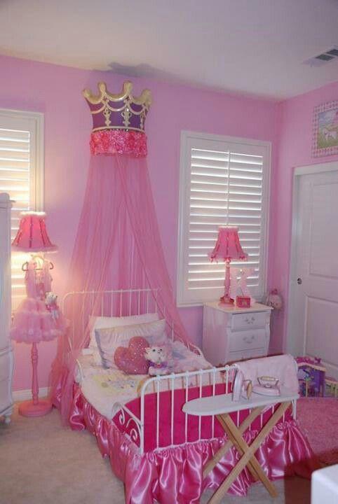 Katelynn S Pink Pretty Princess Room Princess Bedrooms Girl Room Girly Bedroom