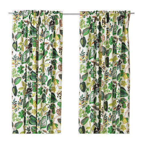 SYSSAN Gardiner, 2 stk. IKEA Hør giver tekstilet en naturlig og uensartet struktur, der er fast at røre ved.