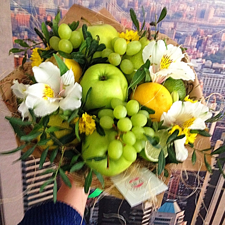 Картинки букеты из фруктов и цветов