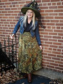 0a603d2360585 The Peacock Fairy: Reason to Dress Up #ootd #maternity #wiw  #dressingthebump #halloween #witch