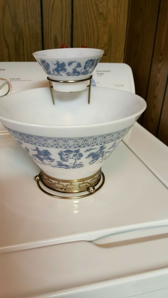 Vintage Anchor Hocking  Tiered Chip /& Dip Bowls Turquoise Gold and White Birds  STUNNING