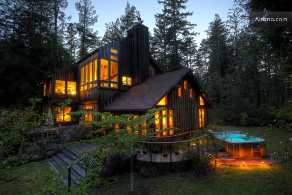 This Tiny Cabin In The Redwoods Is The Perfect Getaway For: Dream Home: Forest View Room/Redwoods/Hot Tub