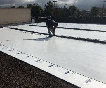Commercial Single Ply Roofing System We Ll Explain What It Is And How It Can Benefit Your Compan Commercial Roofing Systems Single Ply Roofing Roofing Systems