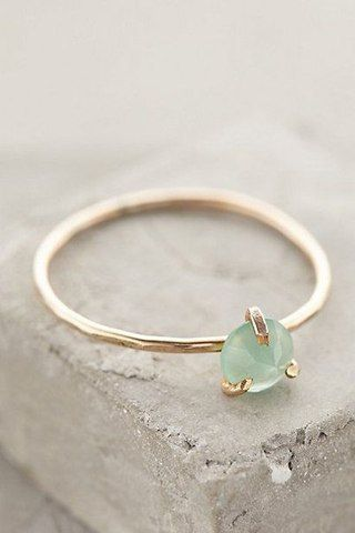 jewellery / jewelry / ring / gold / diamond / gem / gemstone / fashion / biżuteria / pierścionek / złoto / diament / klejnot / kamień / moda